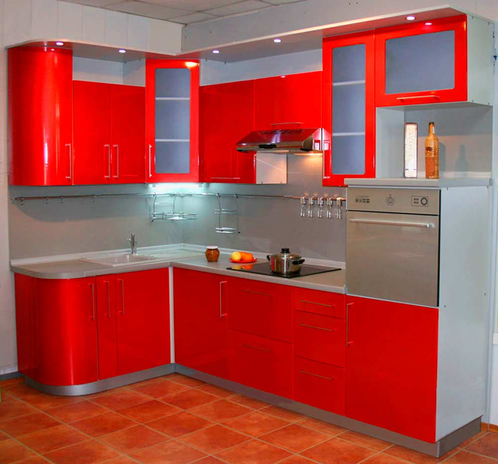 Гарнитур-для-маленькой-кухни