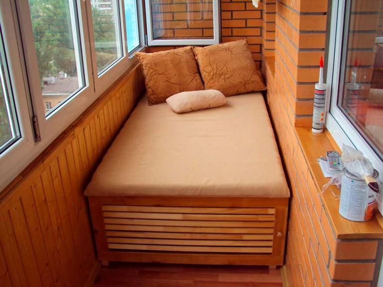Интерьер-балкона-в-квартире