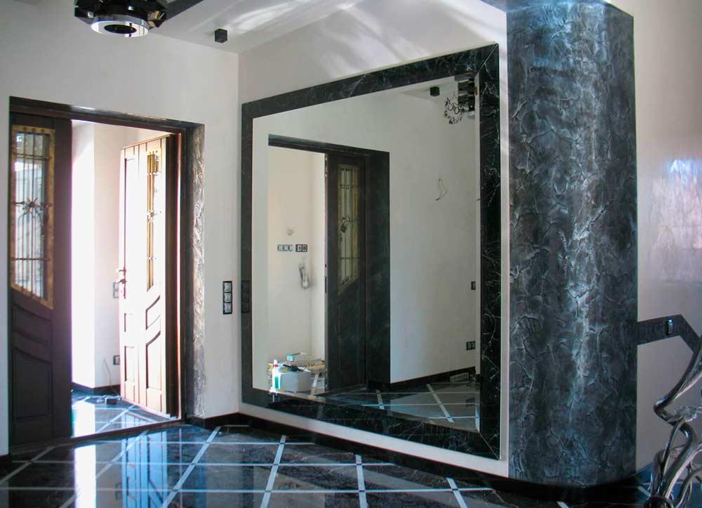 Использование зеркал в мебели
