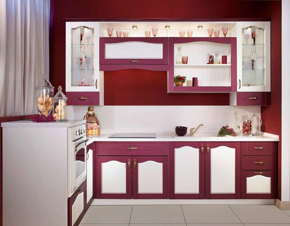 Кухонный-гарнитур-для-небольшого-пространства
