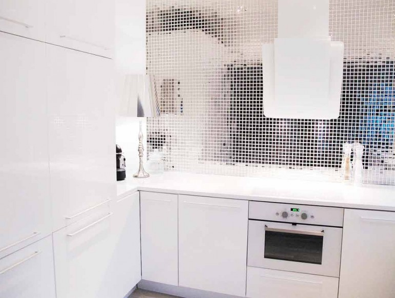 Мозаика-в-интерьере-кухни