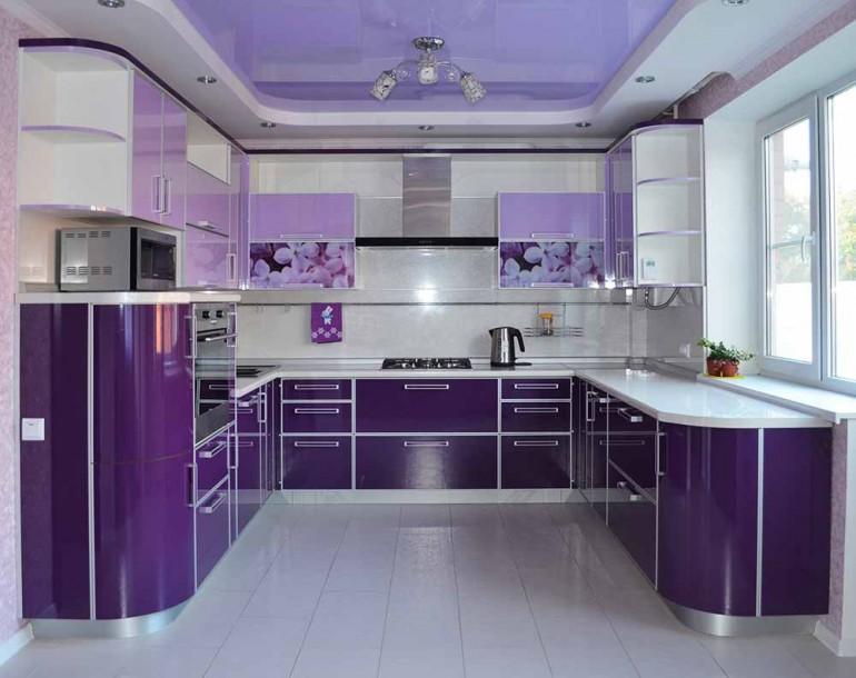 Использование-пластиковой-мебели-в-интерьере-кухни