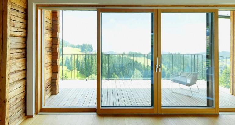 преимущества и недостатки деревянных окон