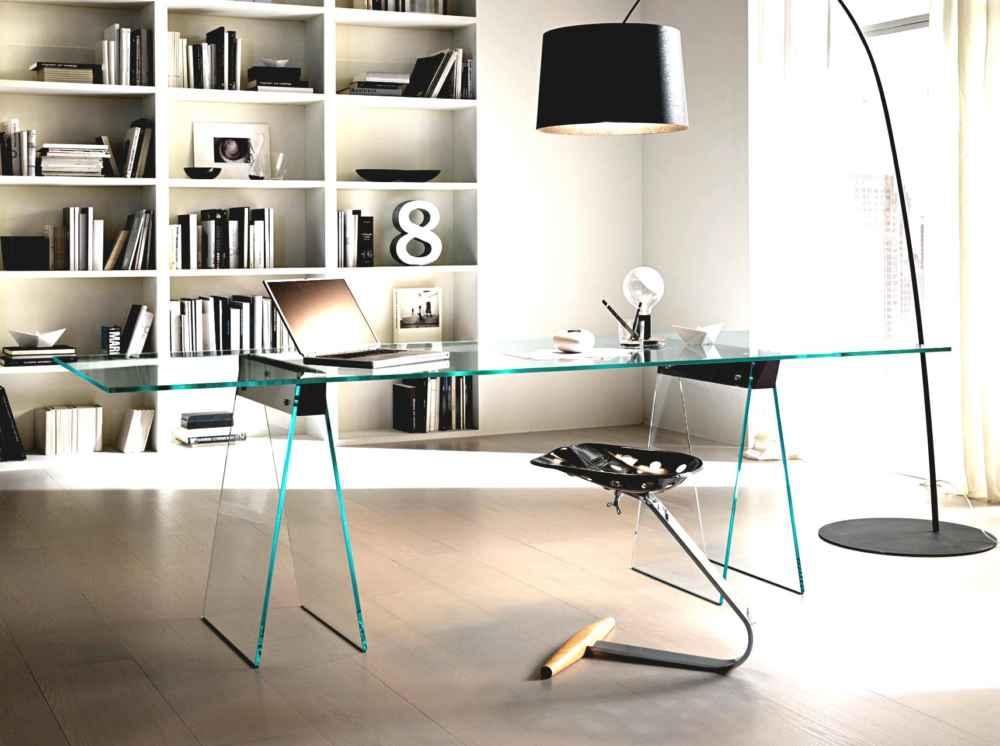 Как подобрать мебель из стекла, чтобы она прослужила долго