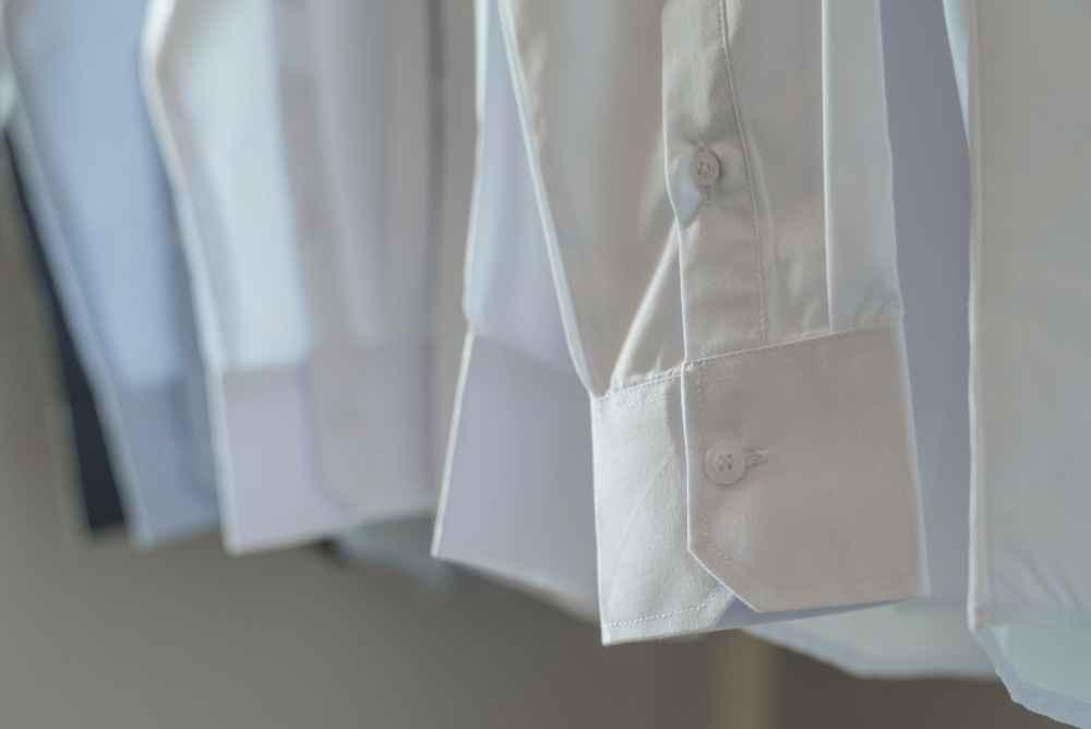 Сделайте рубашку белоснежной как у актеров кино, и она не станет серой и не испортится