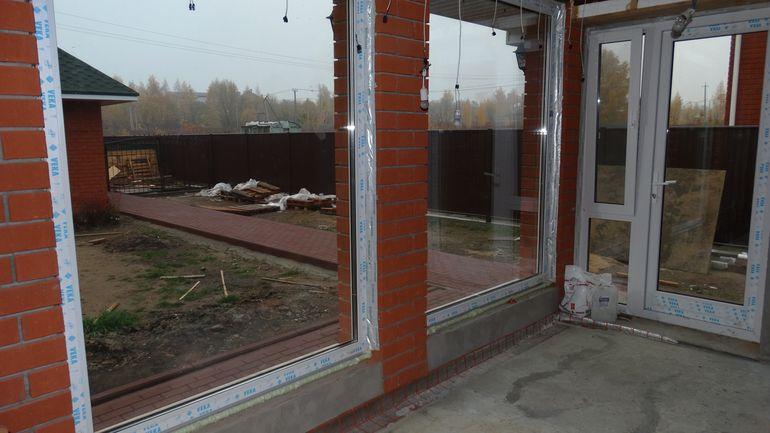 Как переместить окно в стене из бруса