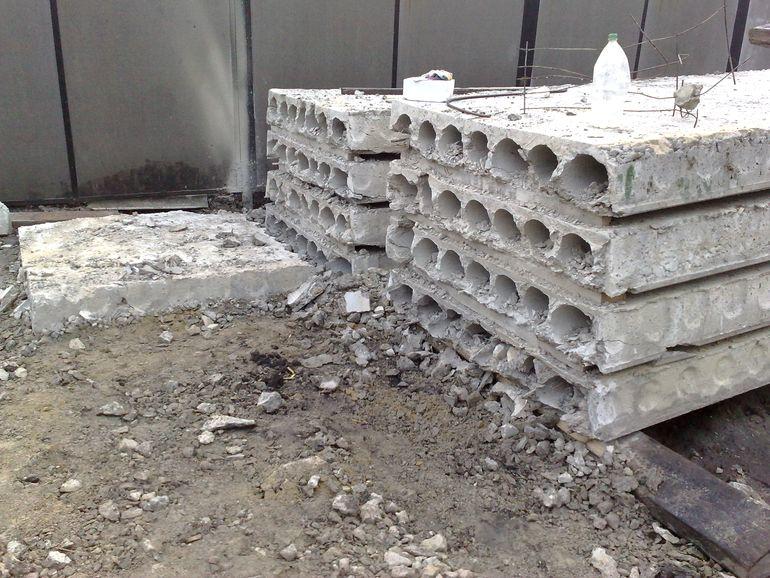 Чем опасны пустоты в стыках бетонных плит