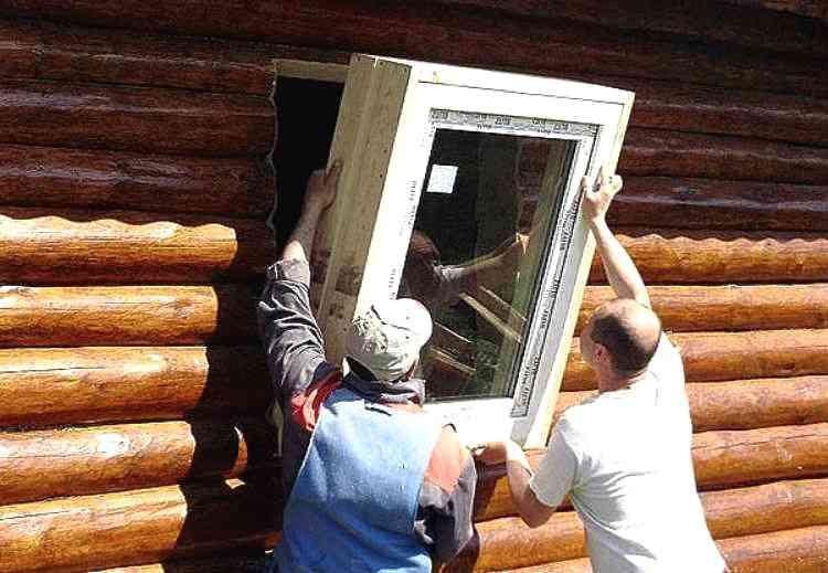 Стоит ли ставить пластиковые окна в баню