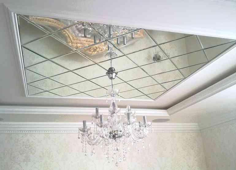 Как сделать зеркальный потолок не используя стекло