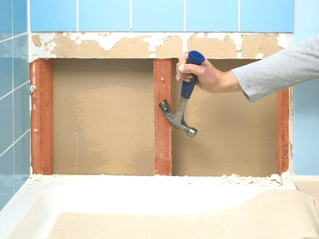 Как снять плитку со стен и пола, не повредив ее