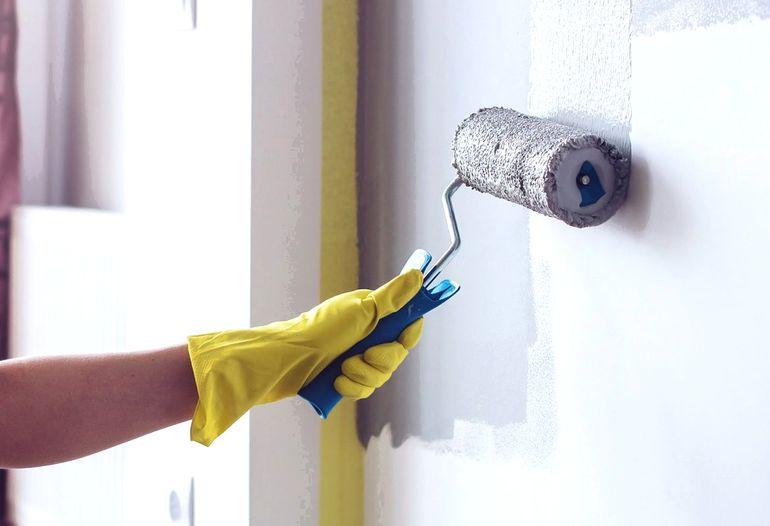5 инструментов, без которых не покрасить стены аккуратно