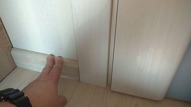 Как стыковать стену с полом если решили обойтись без плинтусов