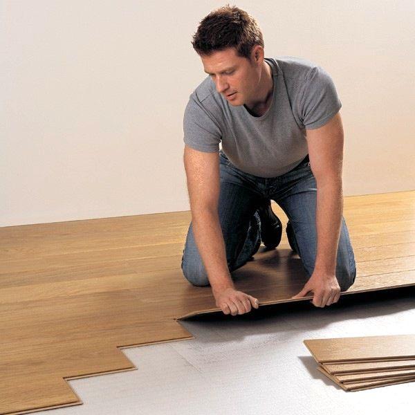 Как укладывать ламинат непрерывно из одной комнаты в другую