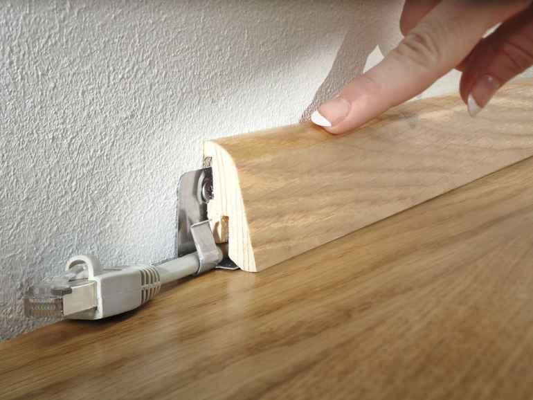 Как прикрутить плинтусы к полу не хуже мастера