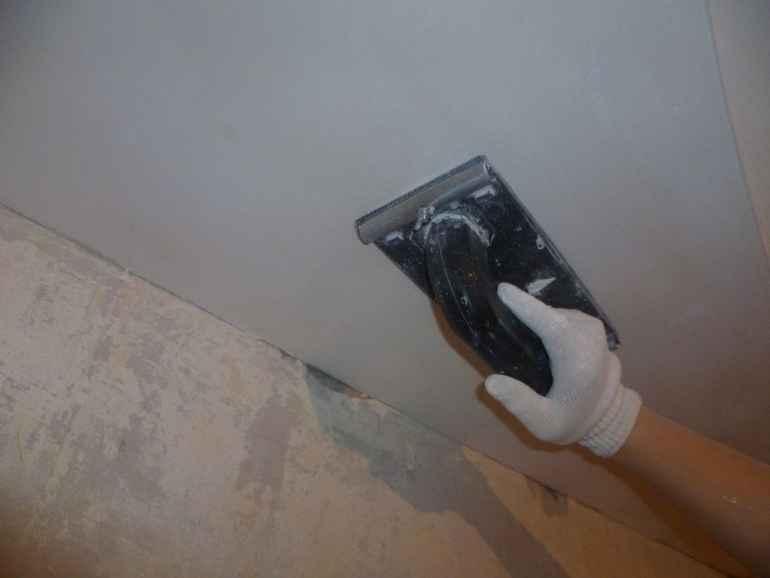 Как обработать стены наждачкой без лишней пыли