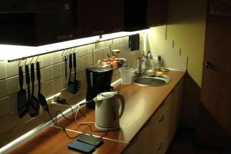 Как правильно подобрать светодиодную ленту для подсветки кухни