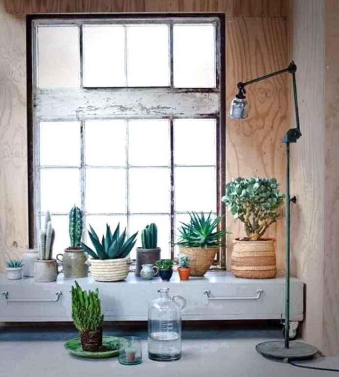 Несколько простых решений для интерьера, которые преобразят темную квартиру